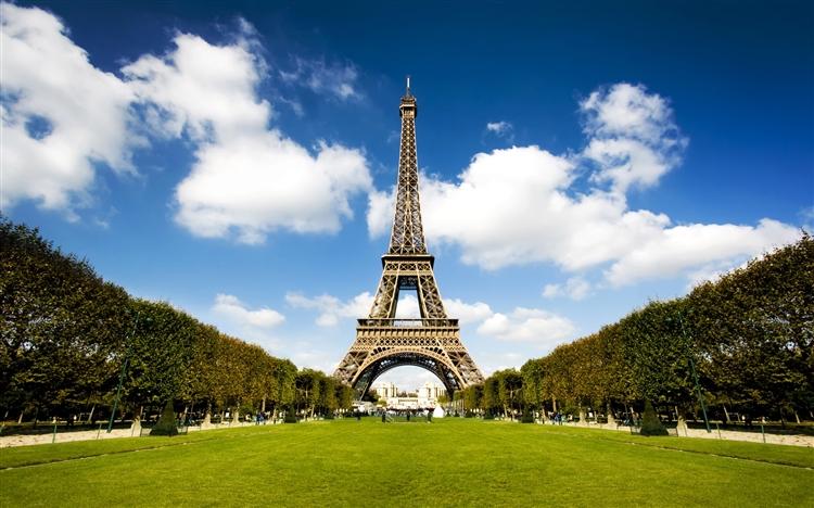 Eiffel Kulesi ilgili ilginç bilgiler